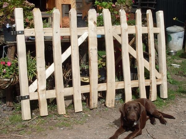 Rustic Sawn Oak and cleft Chestnut Avenbury gate