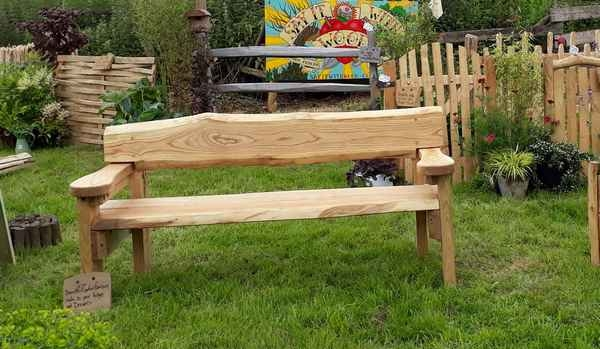 Cleft Chestnut 'Arthur' bench with arms