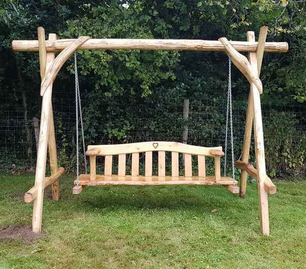 Cleft Chestnut swing seat
