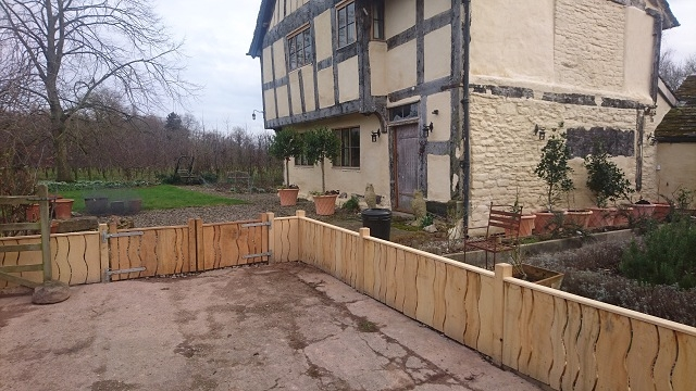Sawn fencing and gates with top rail