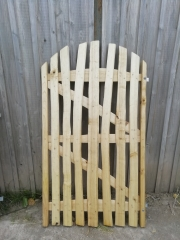 Double braced cleft Chestnut Harvest gate