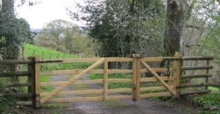 Pair of rustic sawn Oak and cleft Chestnut Mordiford gates