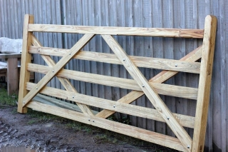 Traditional Herefordshire sawn Oak and Chestnut gate