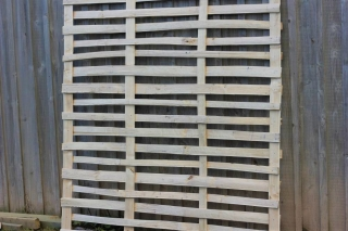 Cleft Chestnut lath panel 'hit one, miss one'
