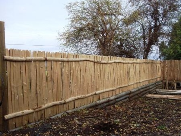 Cleft Chestnut close board fencing